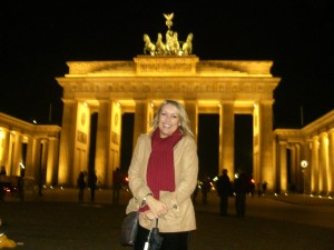 Luisa at Brandenburg Gate